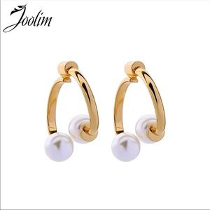 NEW! Double pearl earrings